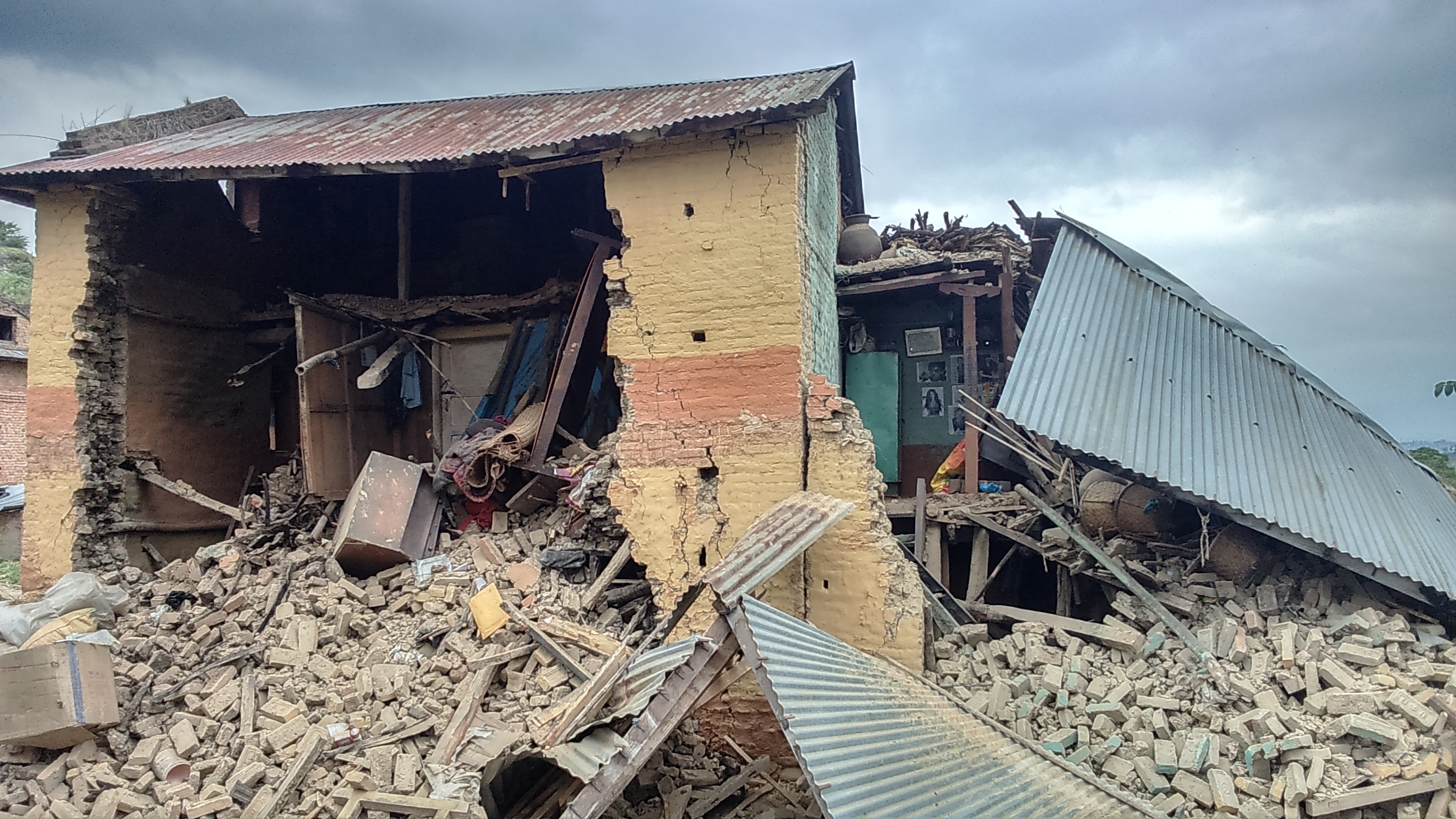 House destroyed by Nepalese quake